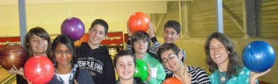 Day Camp, les adolescents parlent anglais au Bowling